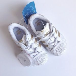 adidas Superstar Shoes - Size 8K